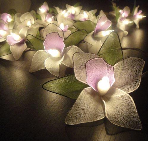 Vintage-wedding-white-orchids-light