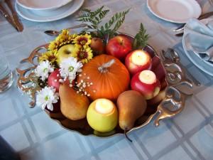 Fall wedding centerpieces with pumpkins