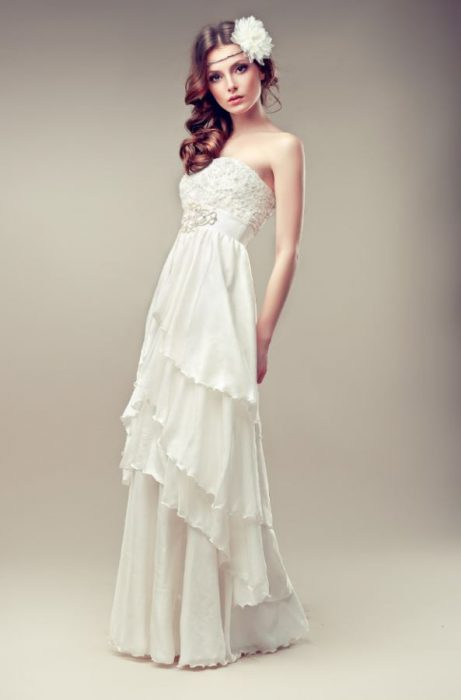 Bohemian strapless wedding dress
