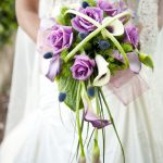 What is the average cost of wedding flowers