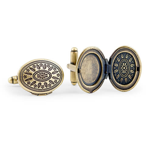 Wedding cufflinks with secret compartment