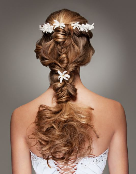 Bridal floral hair wine