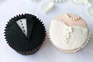 Wedding cupcake decoration